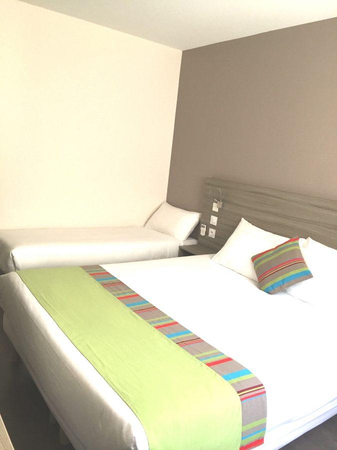 Chambre lit double + lit d'appoint Canet-en-Roussillon